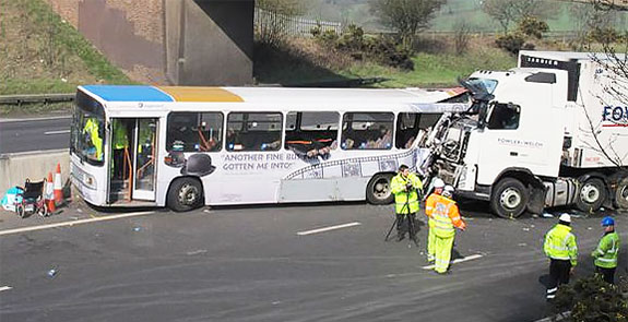 Coach accident reported by GPS tracker
