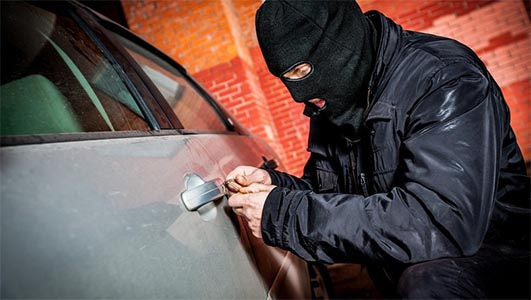 GPS vehicle trackers protection from thieves